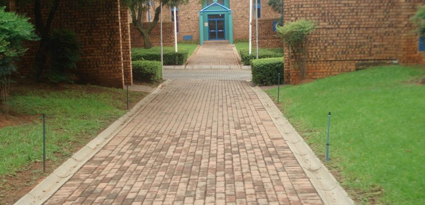 817 m² Warehouse to Rent Midrand Mifa Industrial Park