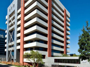 906 m² Office Space to Rent Sandton Fredman Towers