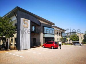 324m² office to let Clearwater office park, Strubensvallei