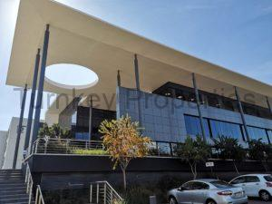 424m² office to let midrand Corporate Campus