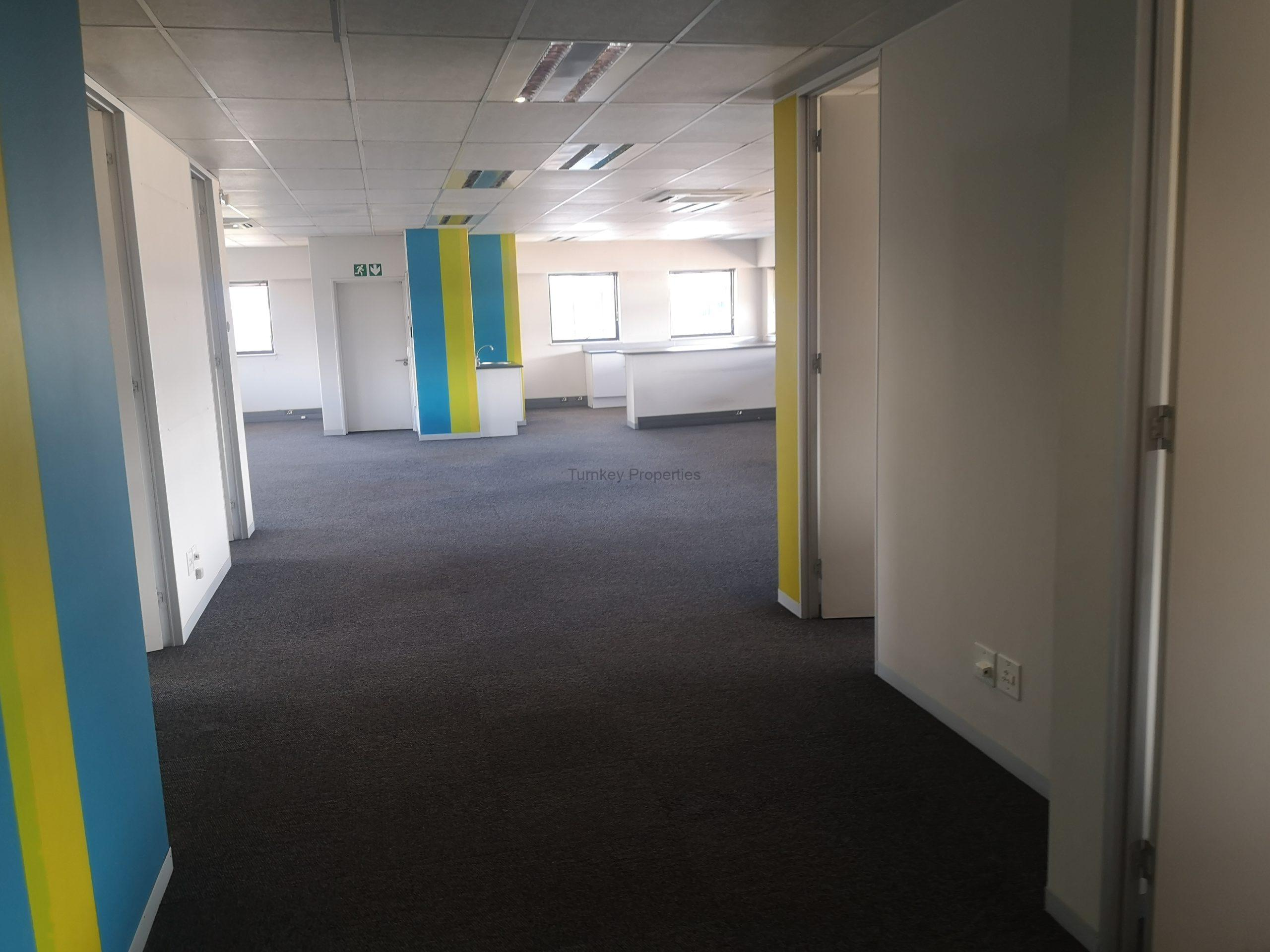 330 m² Office Space to Rent Midrand Central Park
