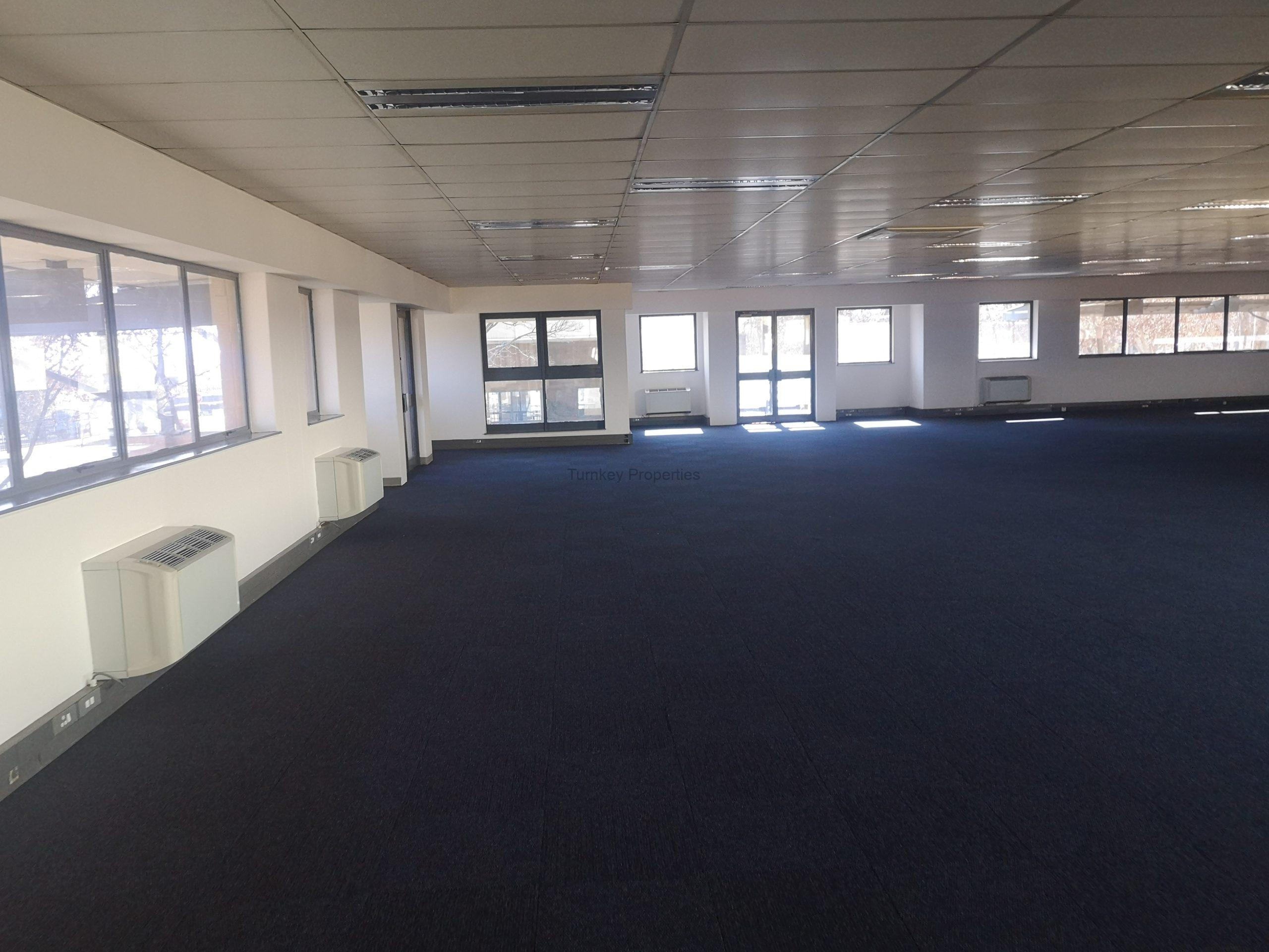 1,100 m² Office Space to Rent Midrand Central Park