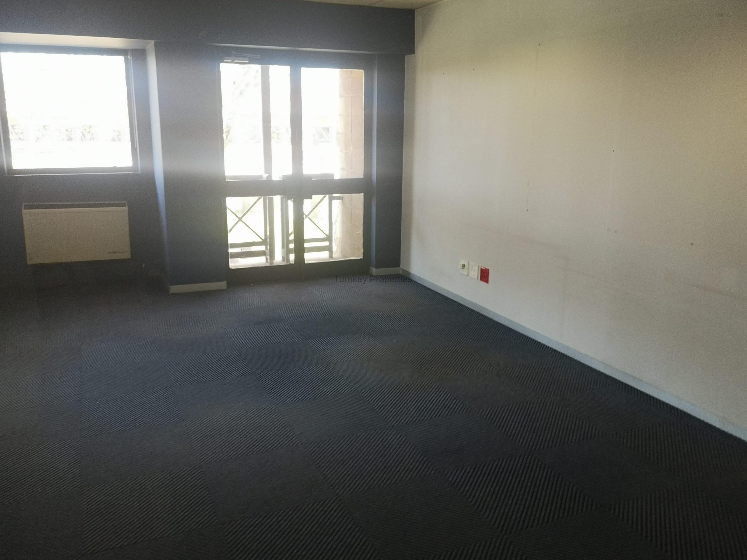 547 m² Office Space to Rent Midrand Central Park