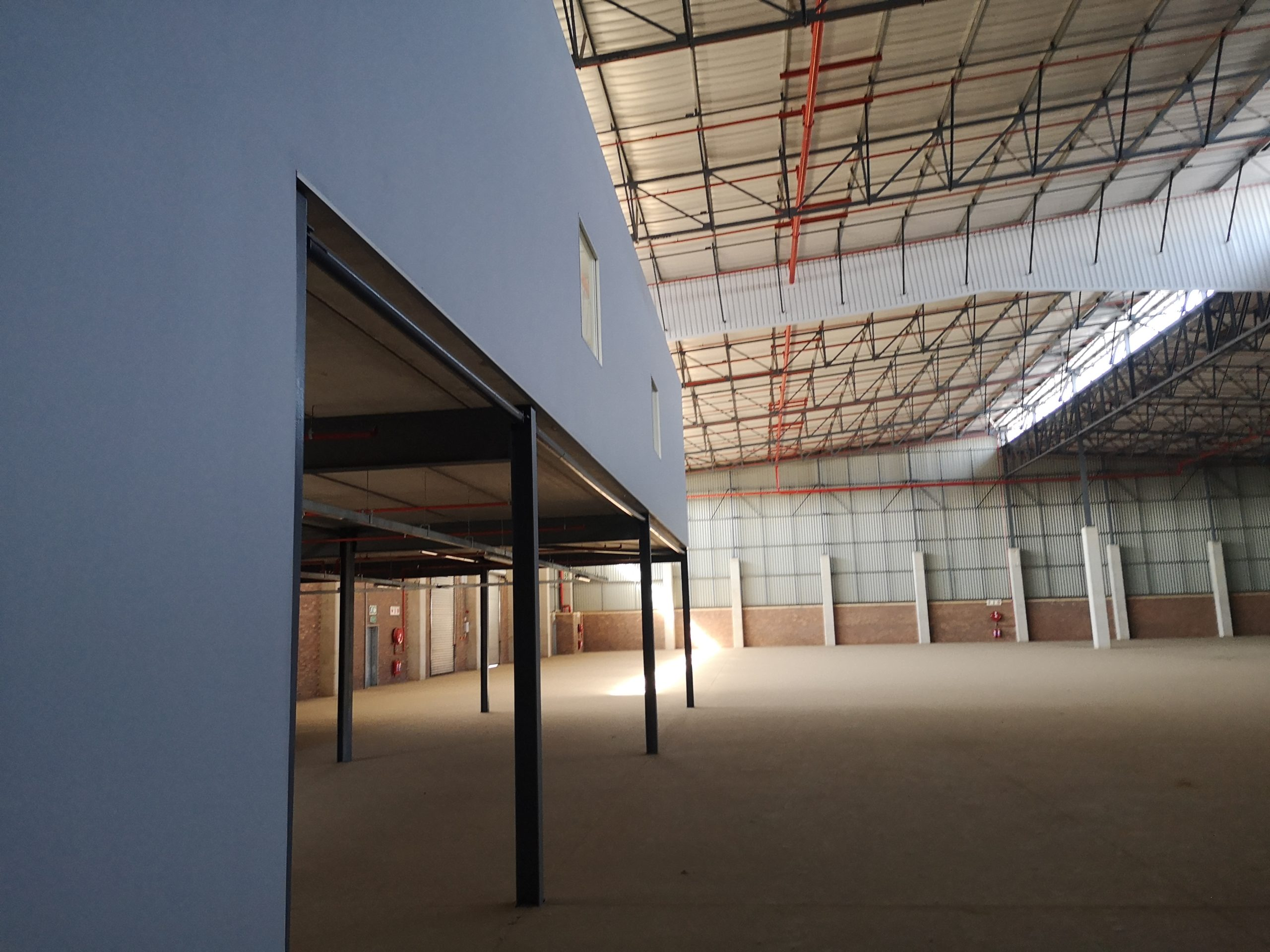 4361m² Warehouse to let Pomona