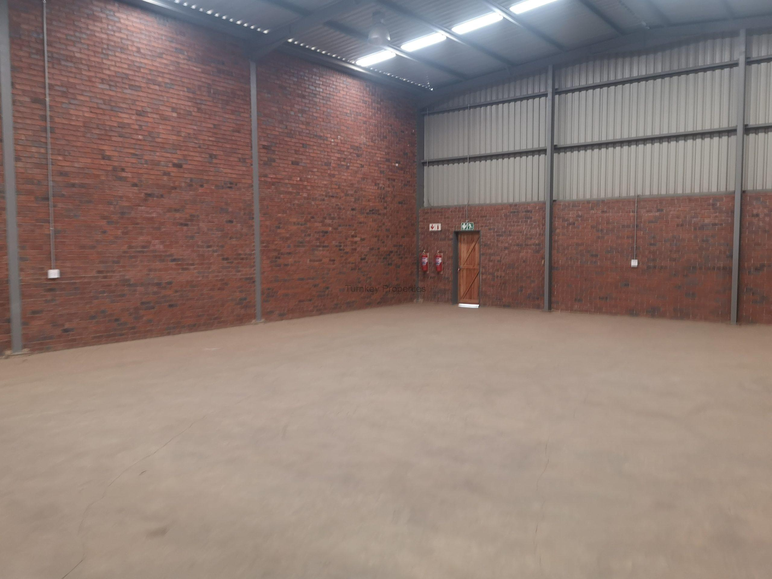 472m² Warehouse to Rent Pomona Sable Industrial Park
