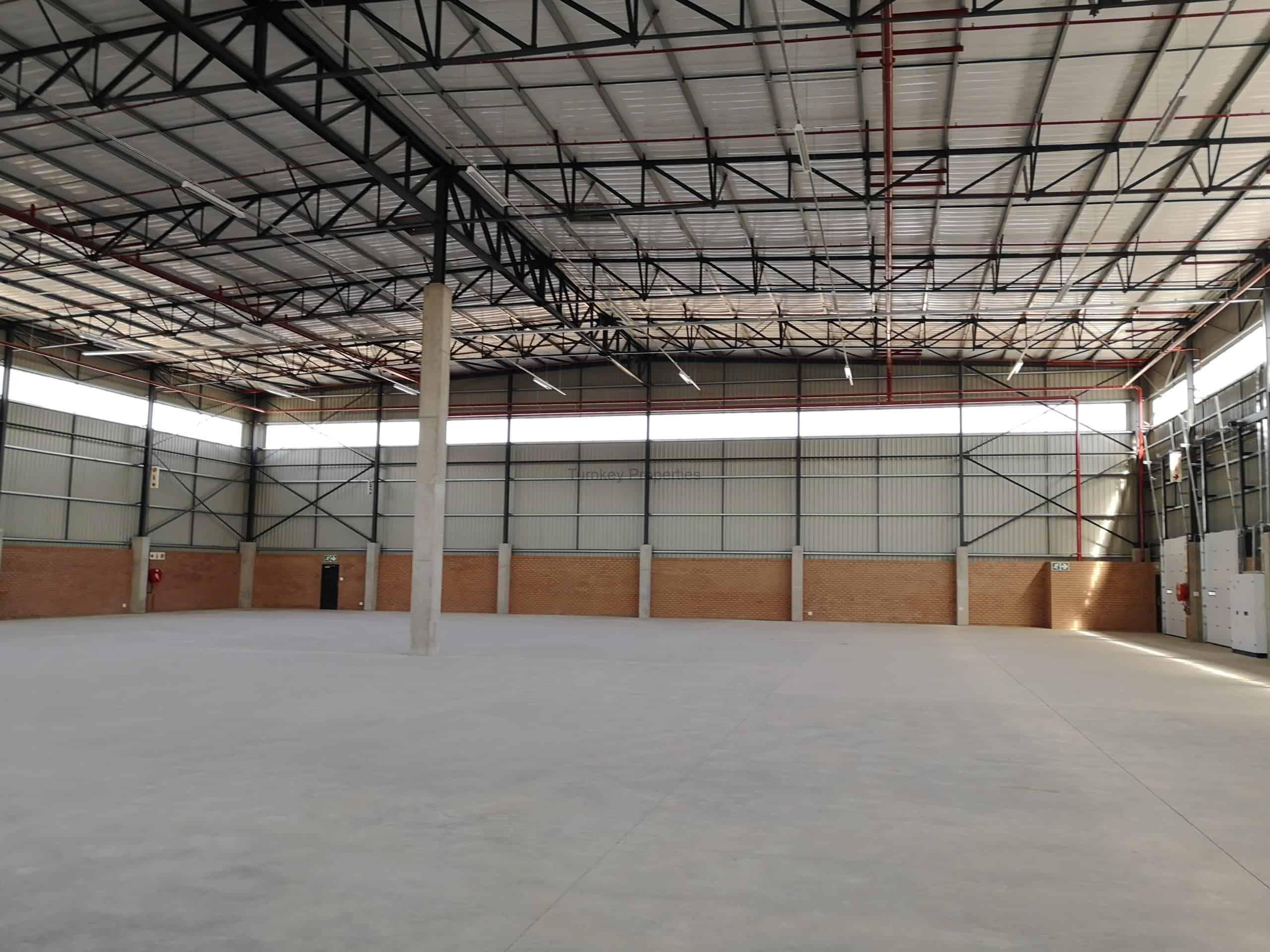 2,977 m² Industrial Property to Rent Samrand Sterling Park