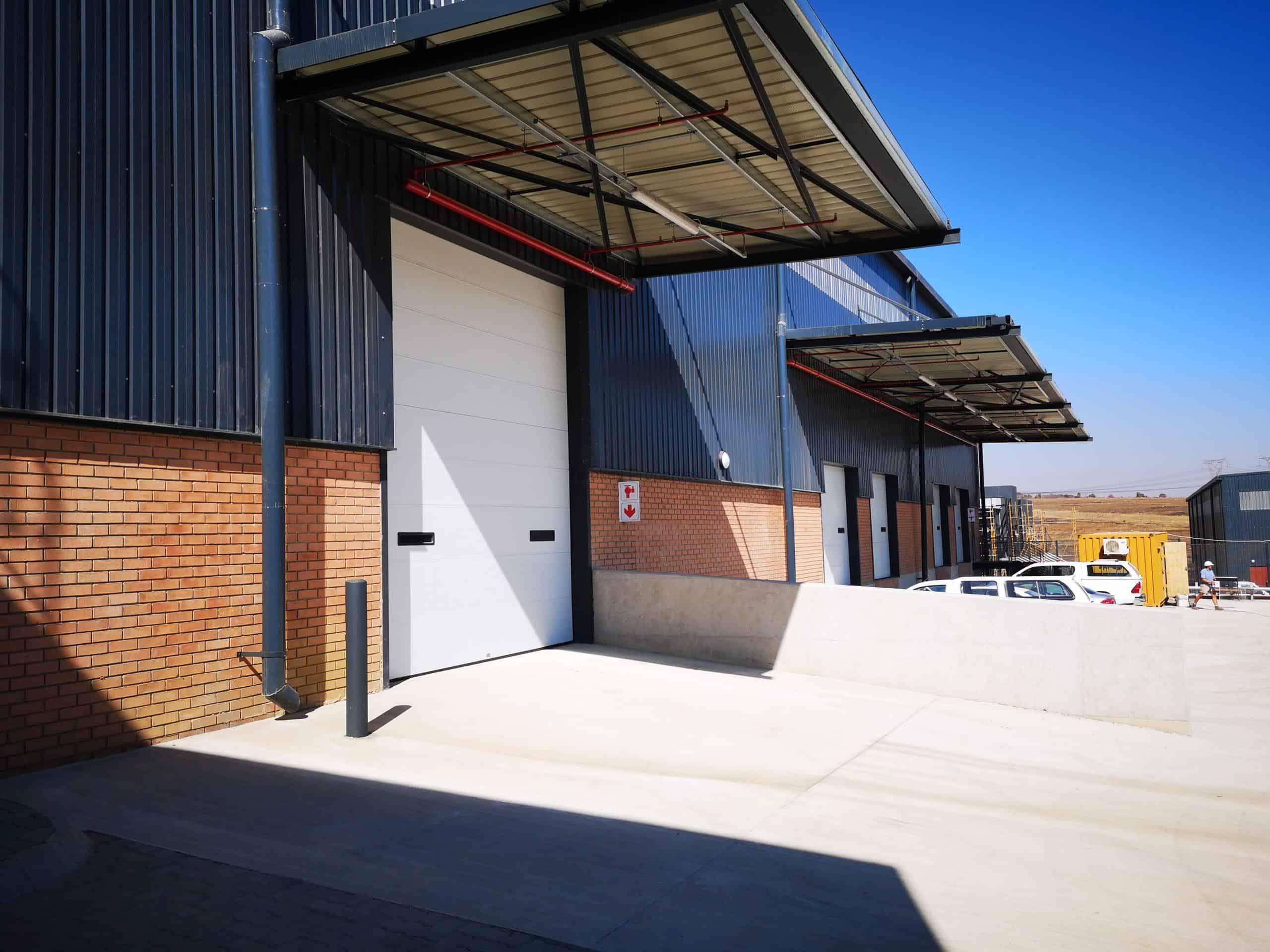 2,656 m² Industrial Property to Rent Samrand Sterling Park