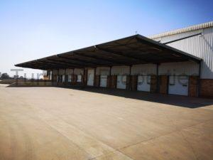8283m² warehouse to let M2 Meadowview