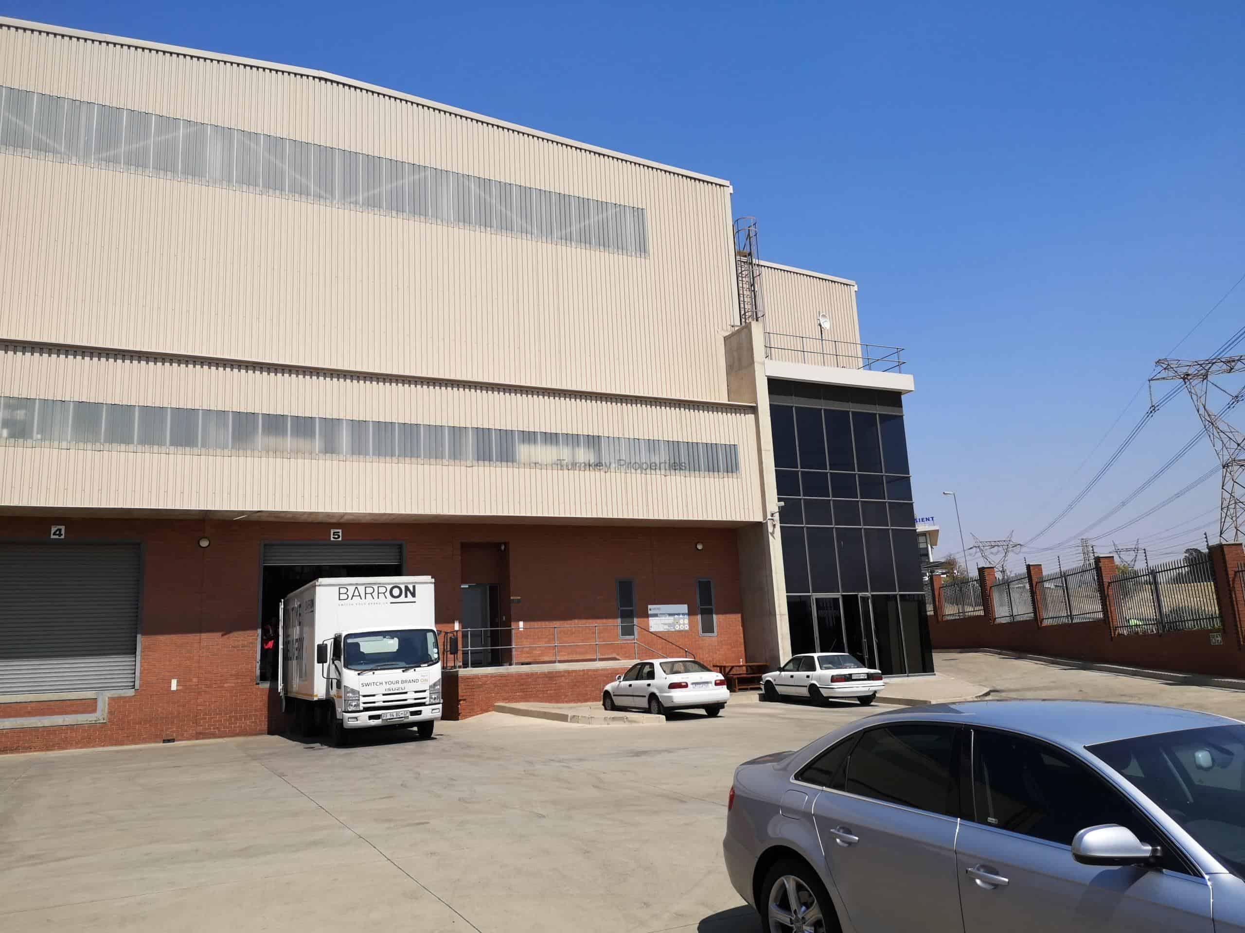 4,800 m² Warehouse to Rent Linbro Park Business Park
