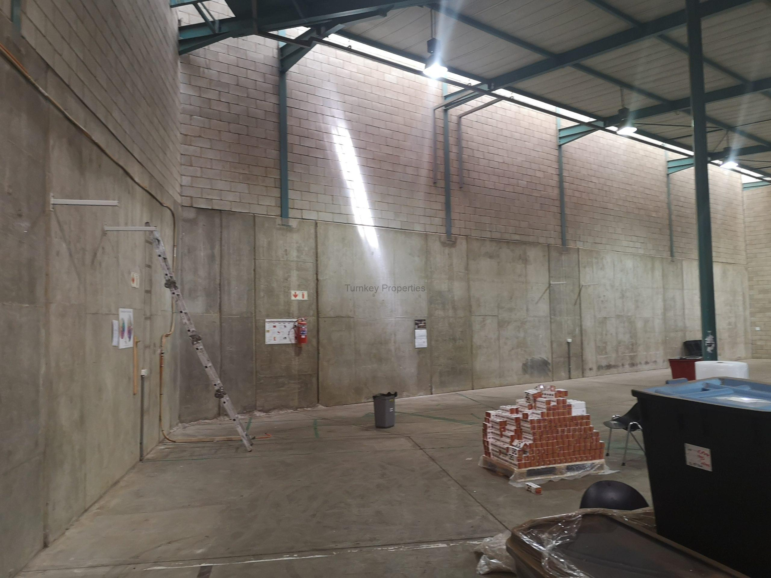 759m² Warehouse to Rent Linbro Park