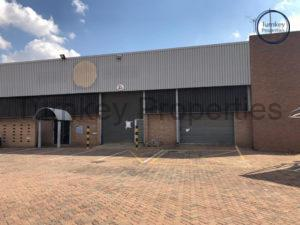 1,119 m² Industrial Property to Rent Midrand Growthpoint Business Park