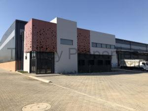 3,256 m² Industrial Property to Rent Samrand Sterling Park