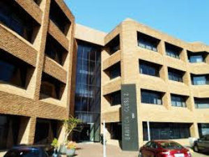 1,165 m² Office Space to Rent Sandton Close