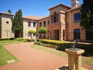 469 m² Office Space to Rent Bryanston Eton Office Park