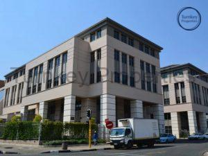 968 m² Office Space to Rent Rosebank The Firs