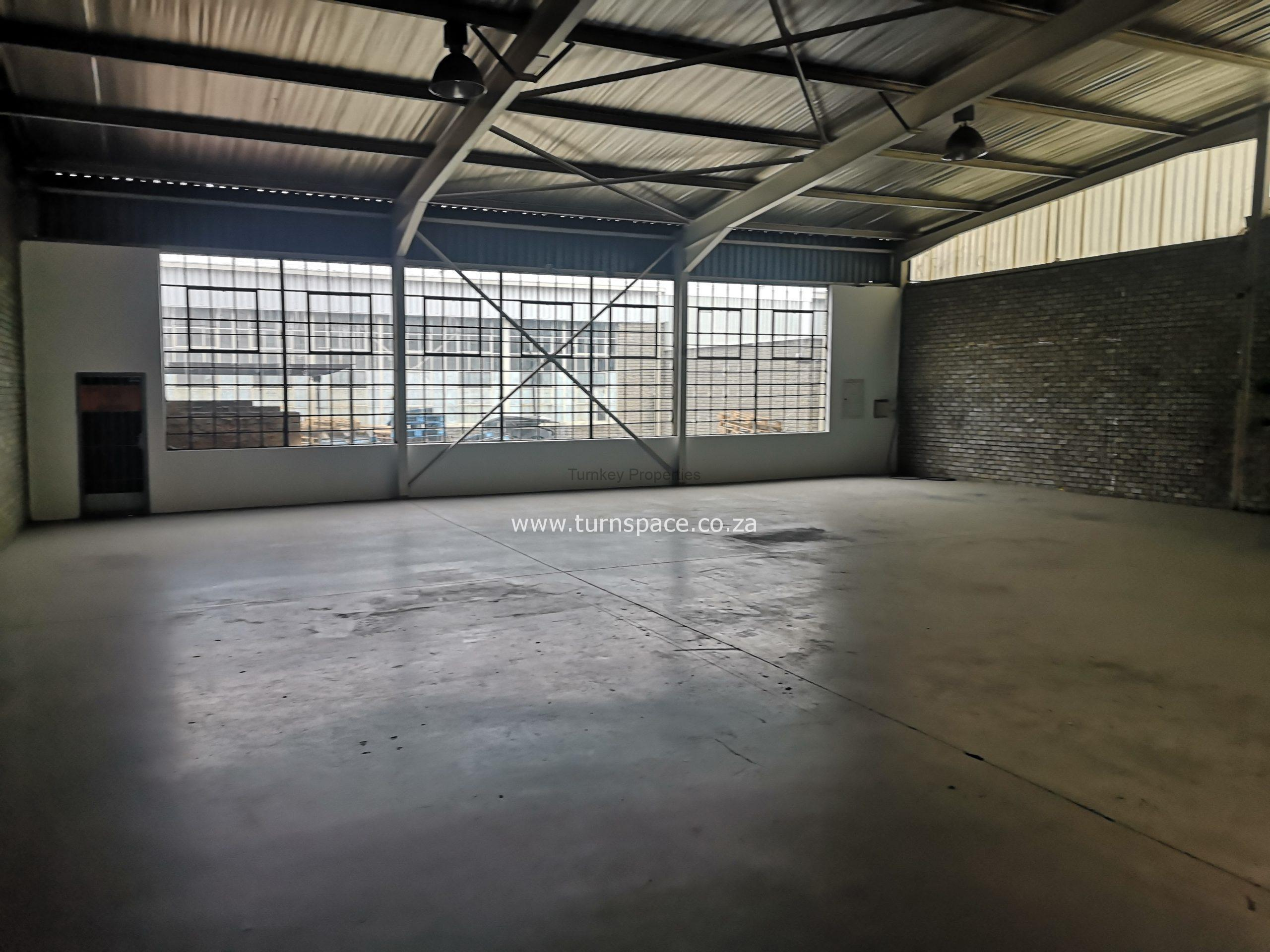 505 m² Industrial Property to Rent Midrand James Crescent