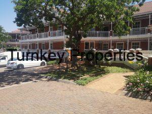 479 m² Office Space to Rent Bryanston The Oval