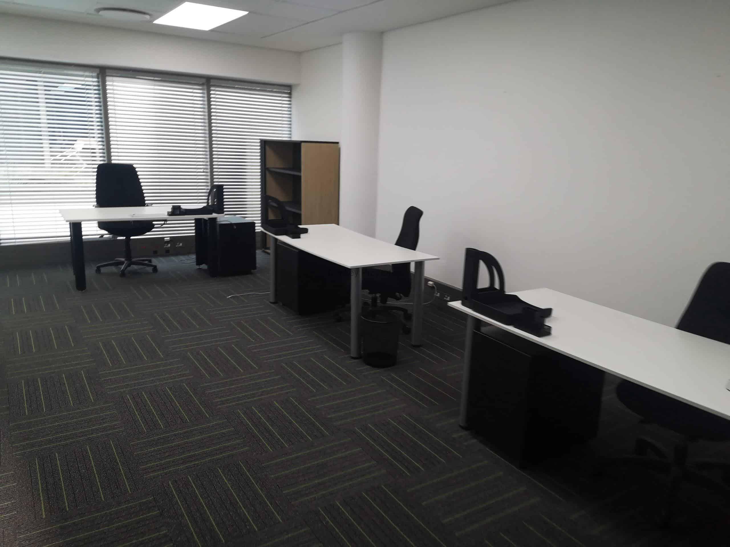 138 m² Office Space to Rent Rosebank Oxford & Glenhove