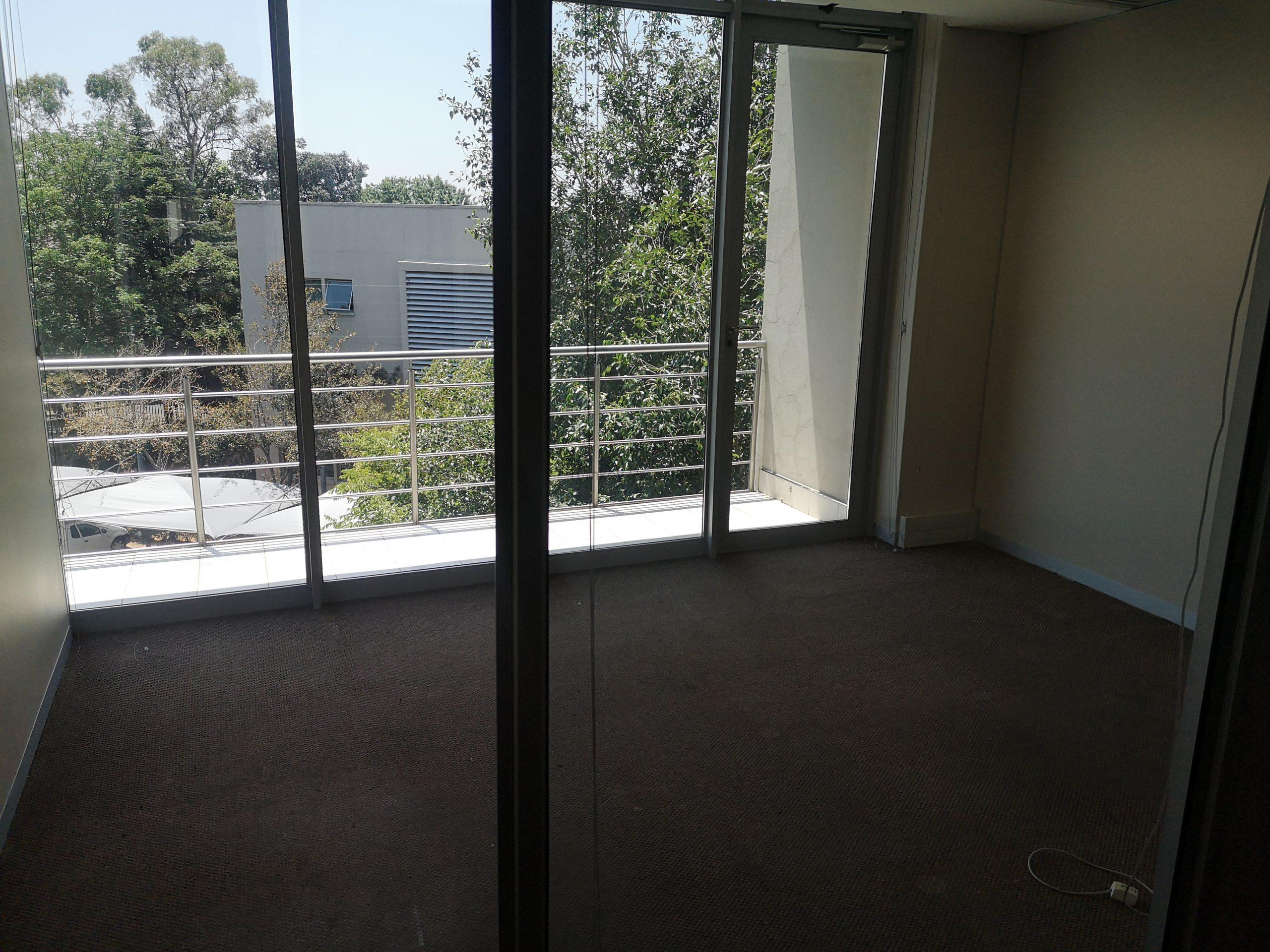 397m² Office Space to Rent Bryanston Ballyoaks Office Park