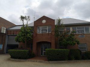 1220m² Industrial Property To Rent Jet Park Jan Smuts Park