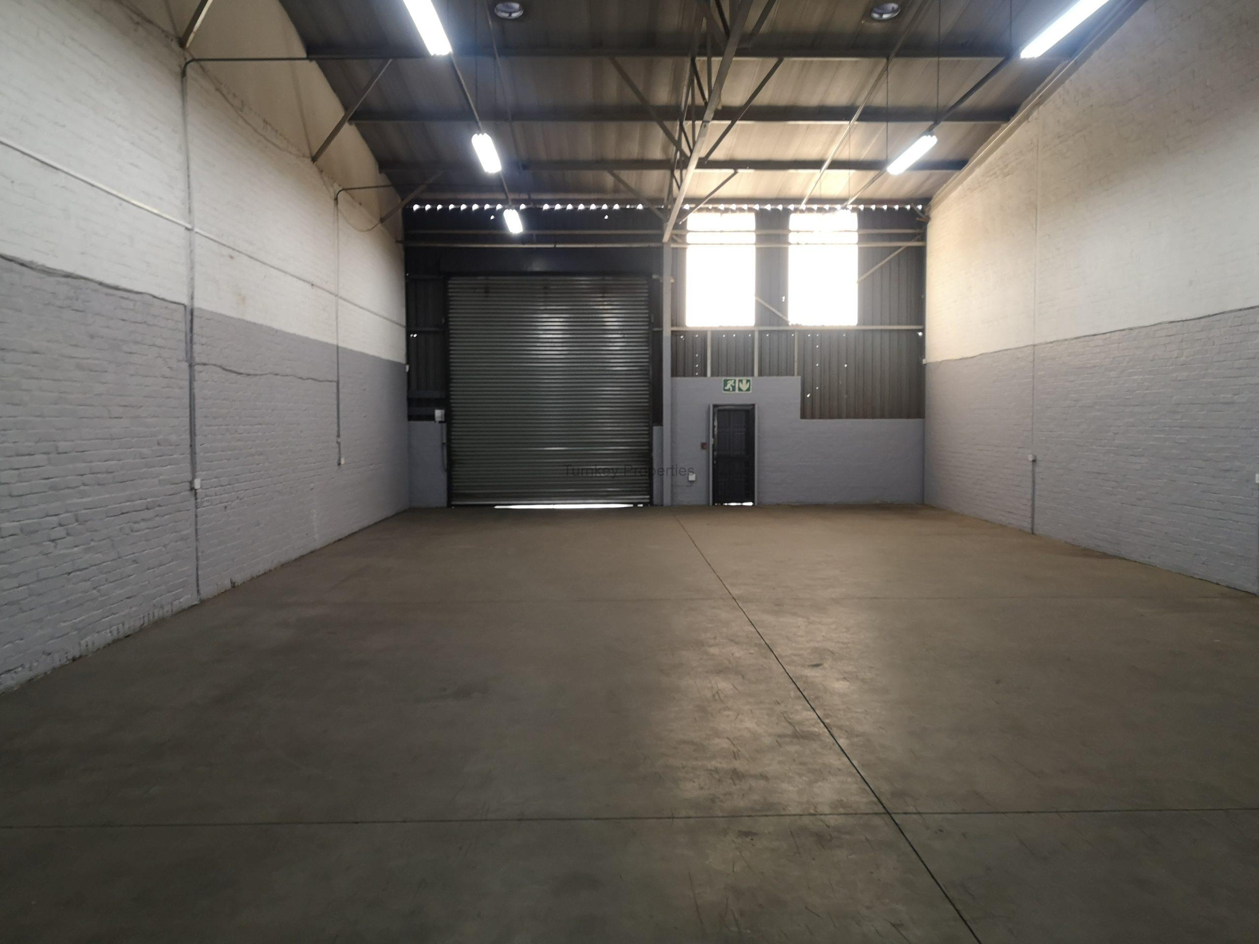333m² Industrial Property To Rent Jet Park Pallisades Business Park