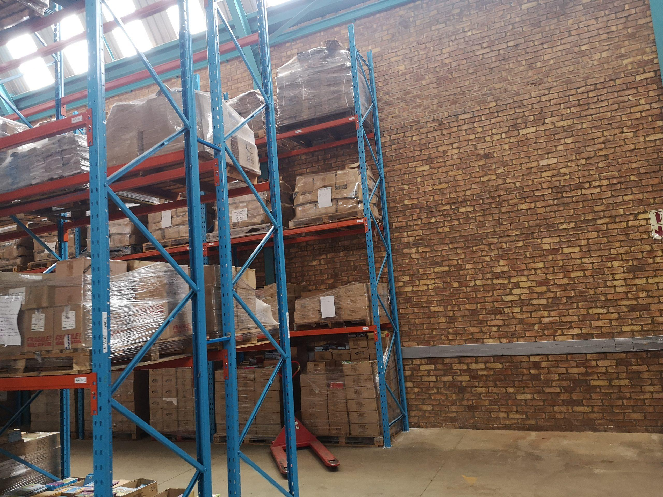 777m² industrial property to rent Midrand Mifa Industrial Park