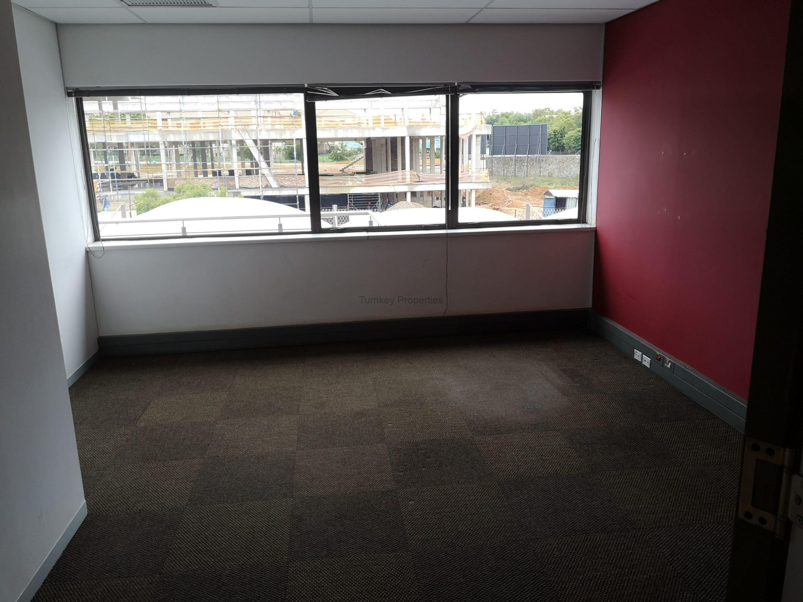 214m² Office Space to Rent Midrand Hertford Office Park