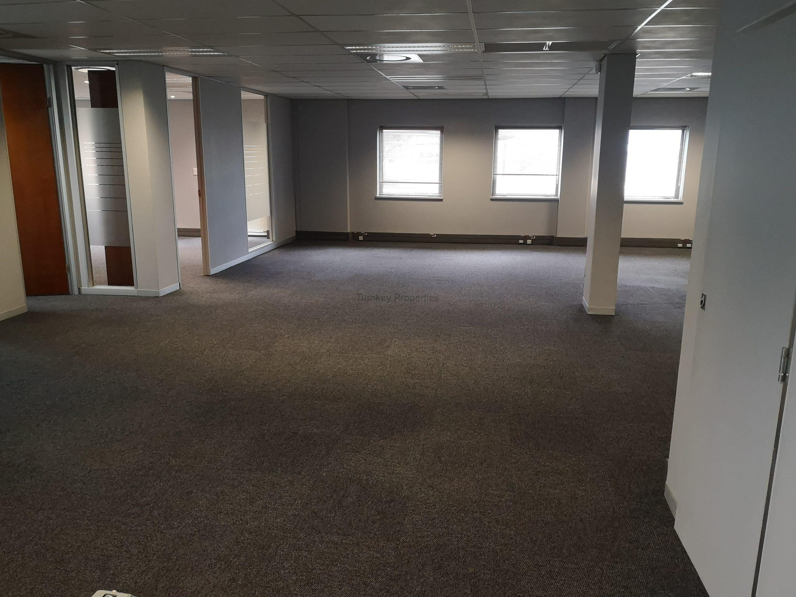 508m² Office Space to Rent Midrand Hertford Office Park