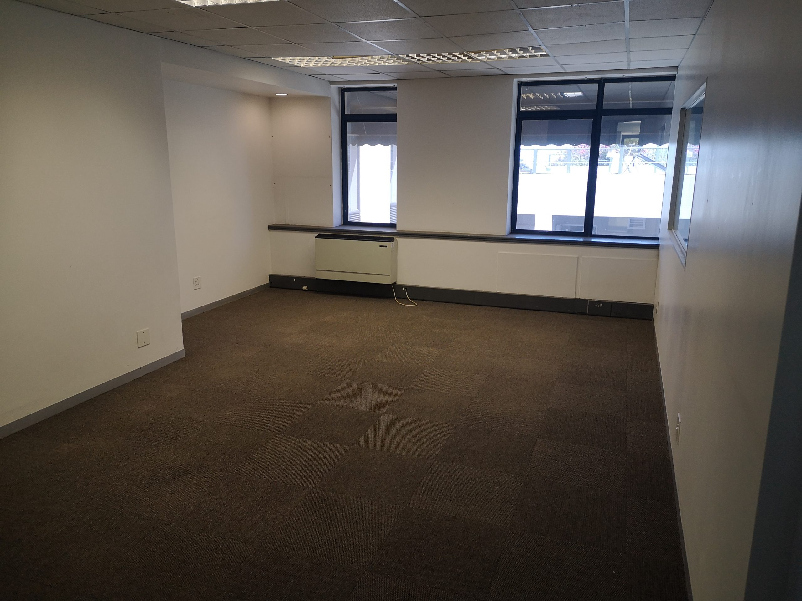 222 m² Office Space to Rent Rosebank Rosebank Terrace