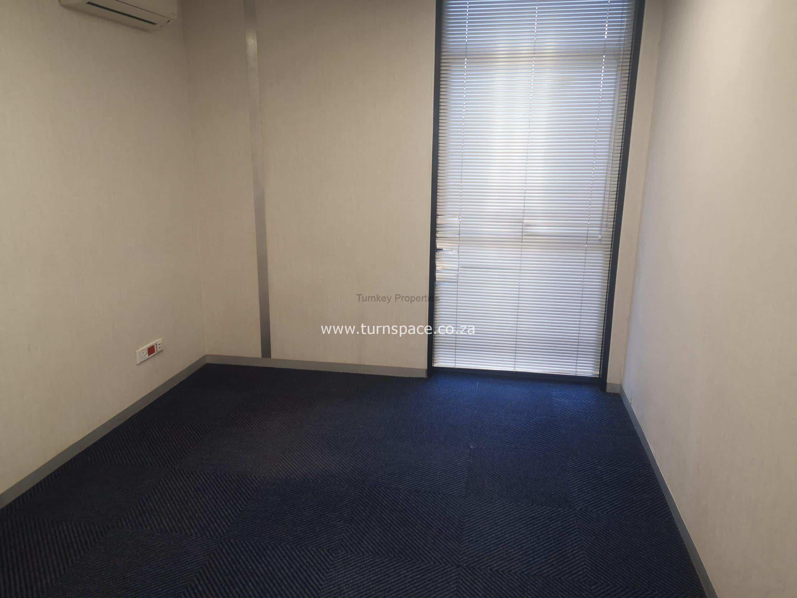 157m² Office Space to Rent Rosebank 6 Sturdee