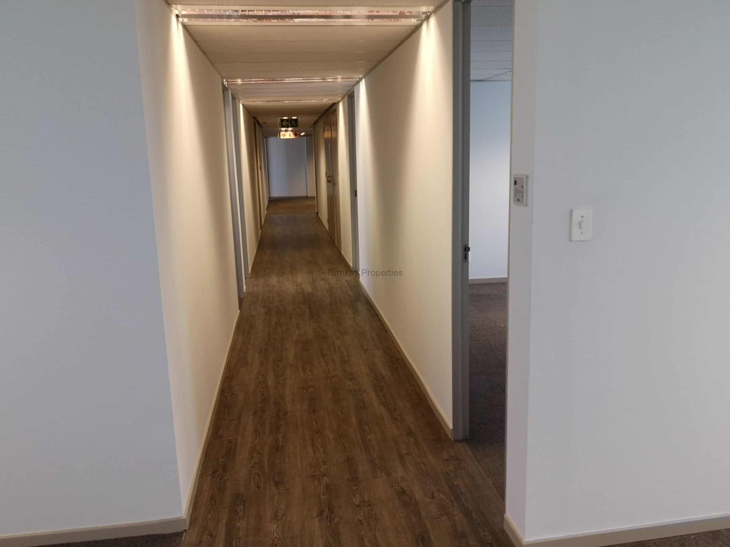 493 m² Office Space to Rent Rosebank Grosvenor Corner