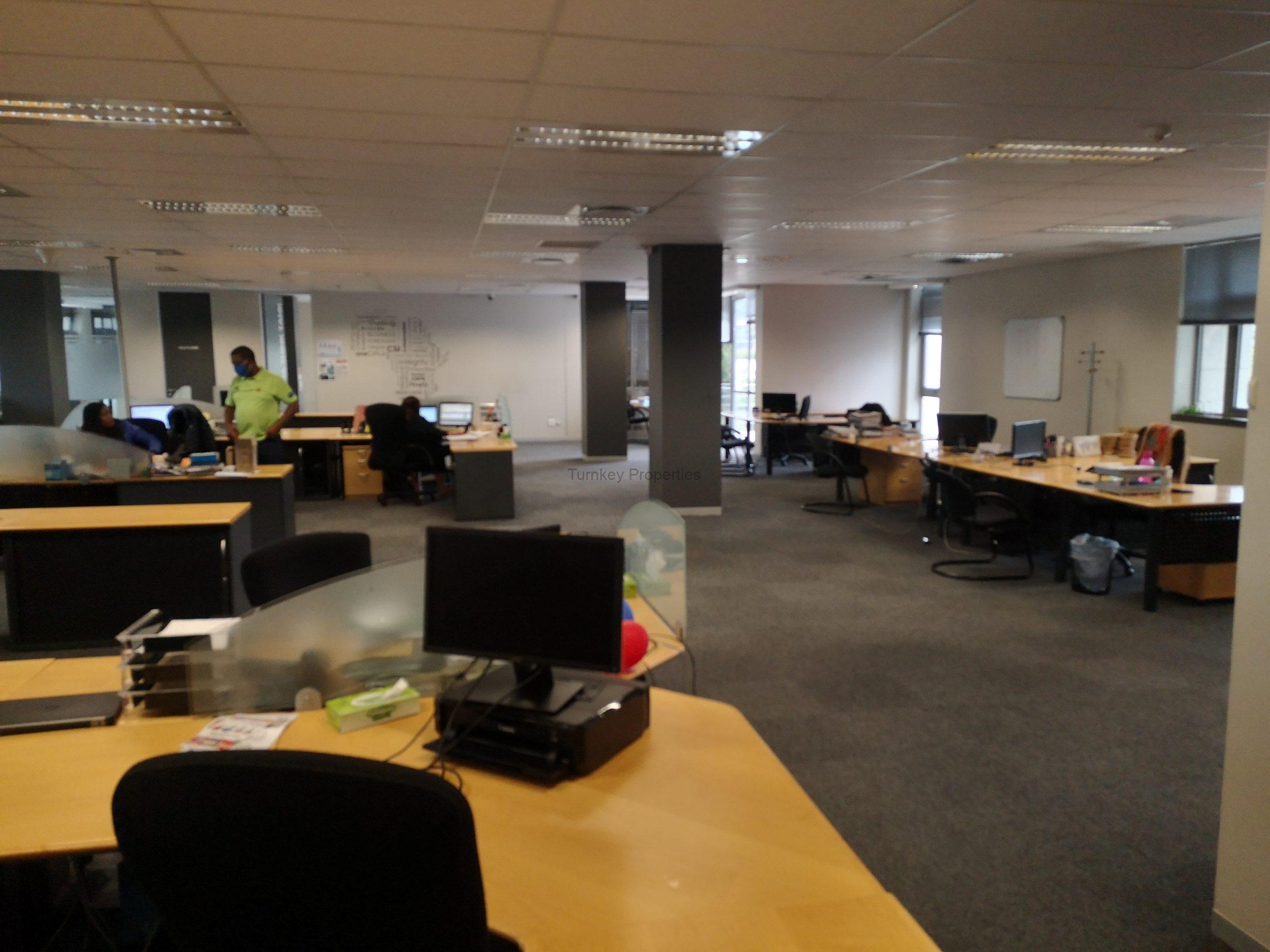 1026m² Office Space to Rent Midrand Maxwell Office Park