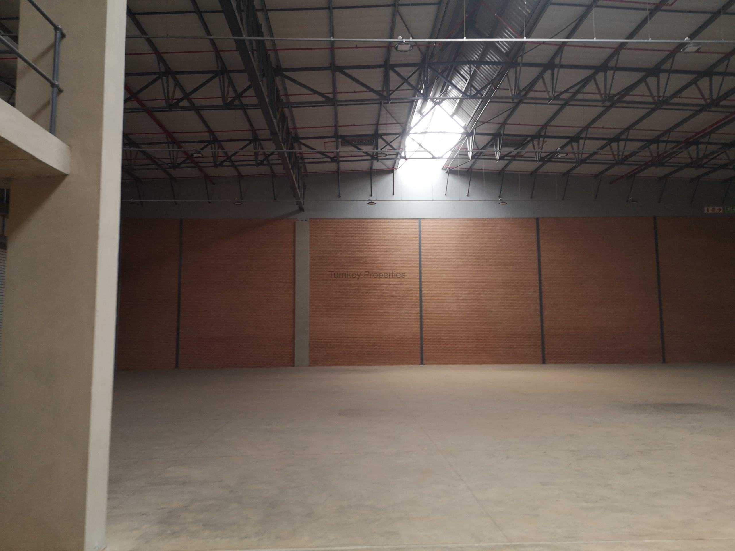 2143m² warehouse to rent Gosforth Park – Grand Prix Park