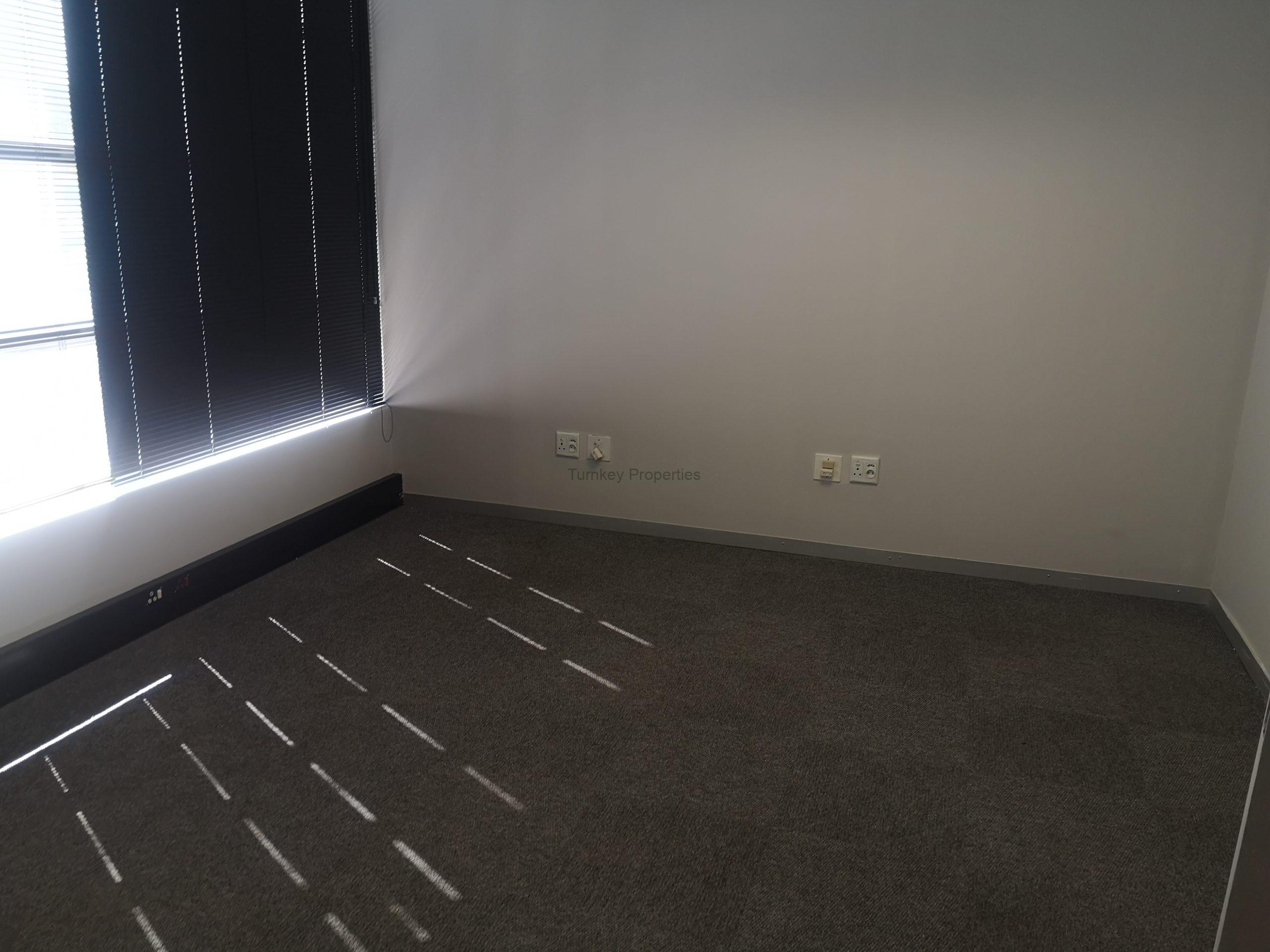 237m² Office Space to Rent Midrand 676 on Gallagher