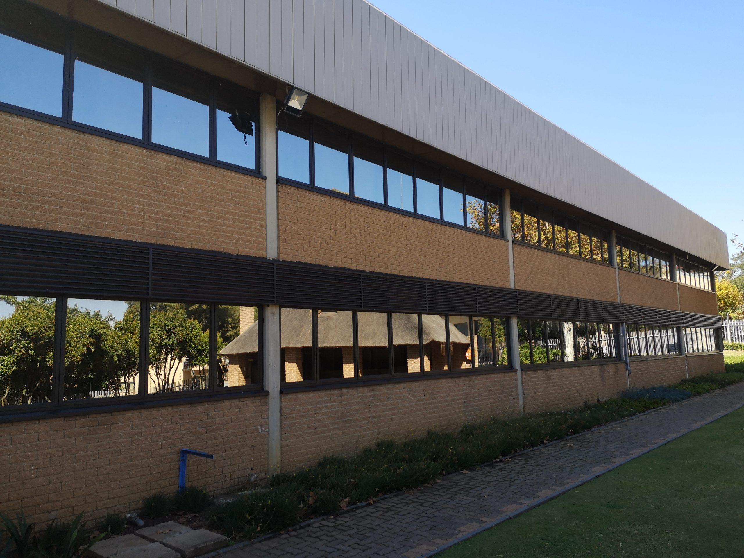 5100 m² Office Space to Rent Midrand Growthpoint Business Park