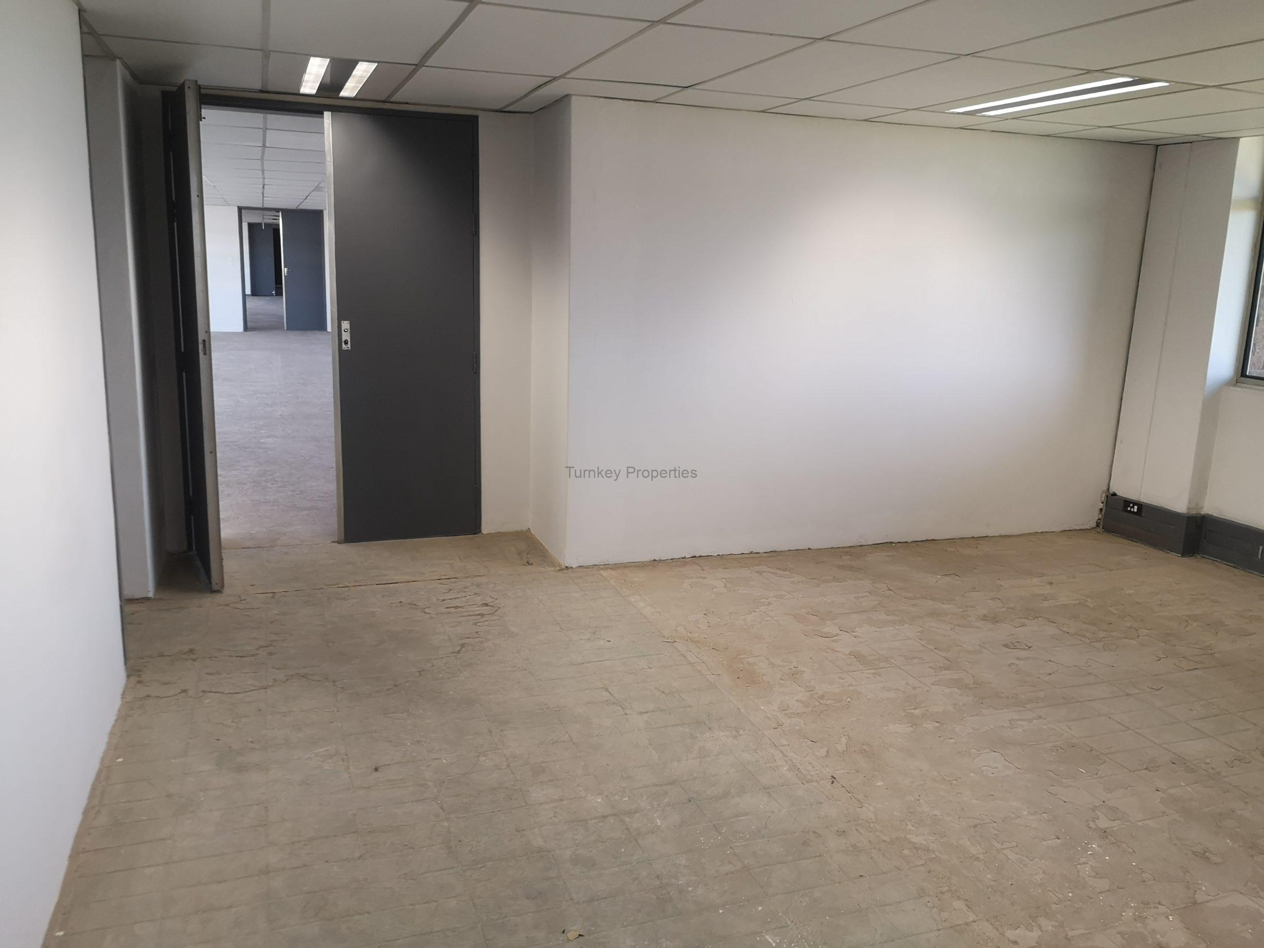 1095m² Office Space to Rent Midrand Growthpoint Business Park