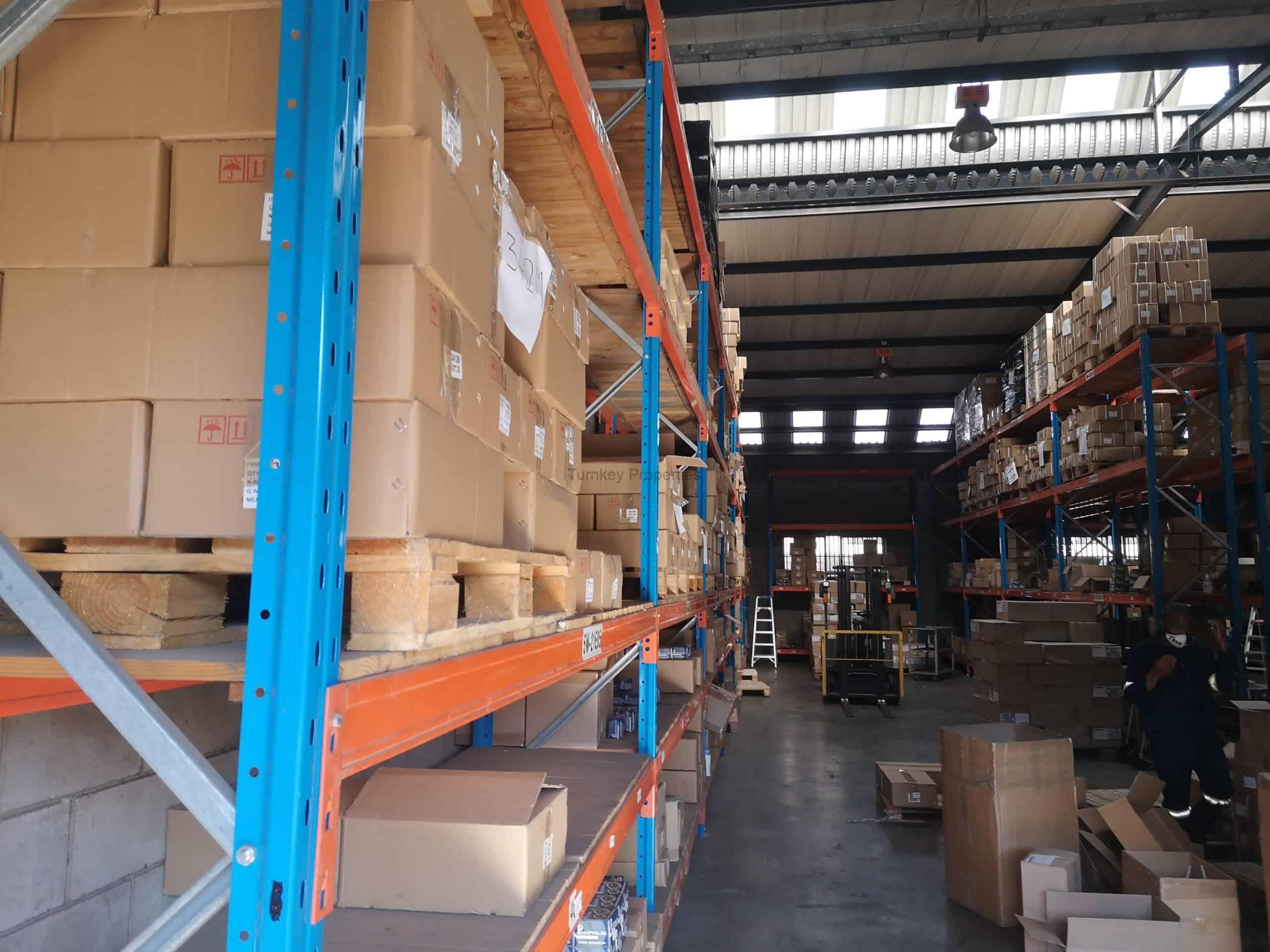 333m² Industrial Property To Rent Jet Park Industrial Village