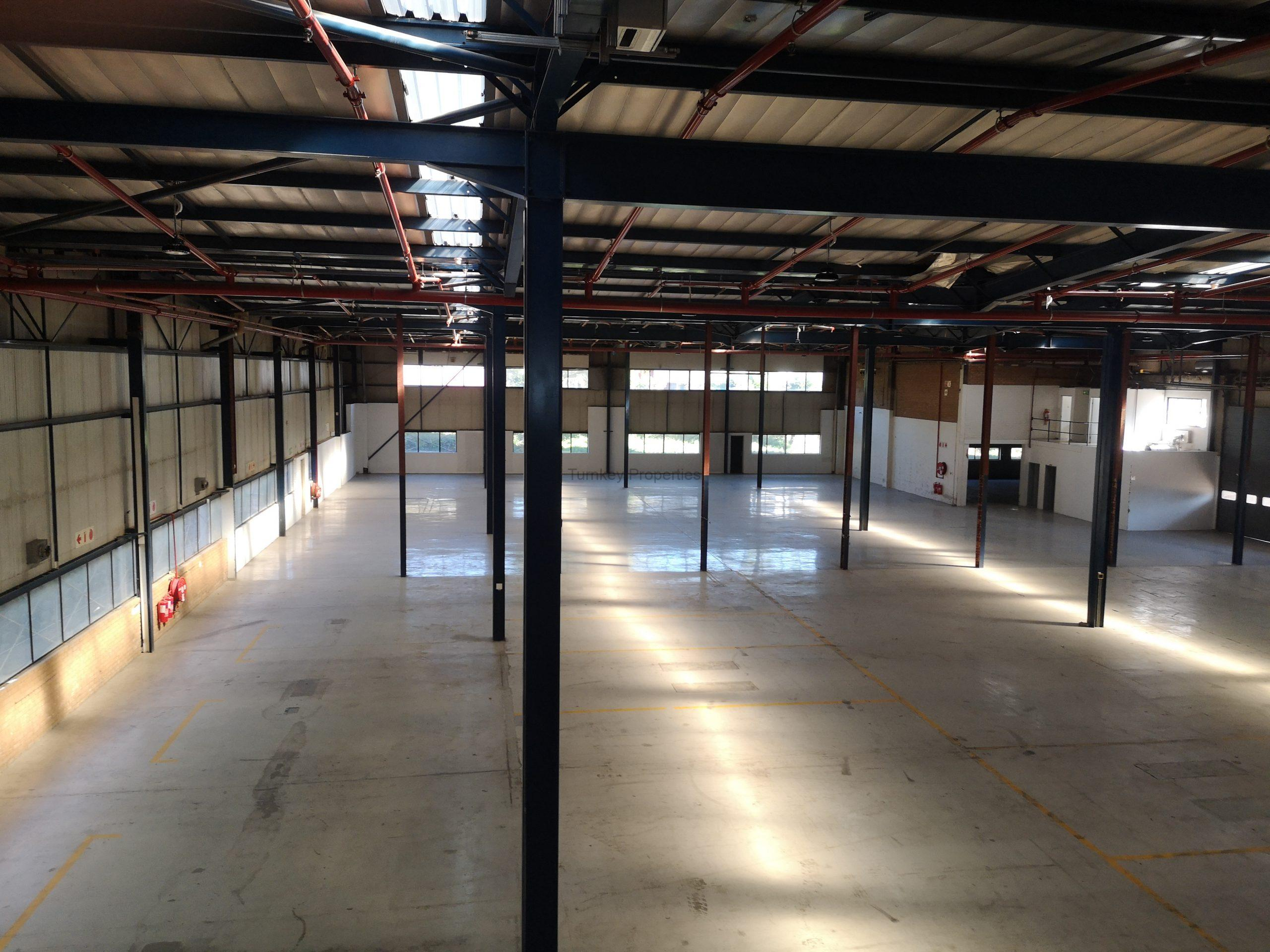 3077m² Warehouse  to Rent Midrand Growthpoint Business Park