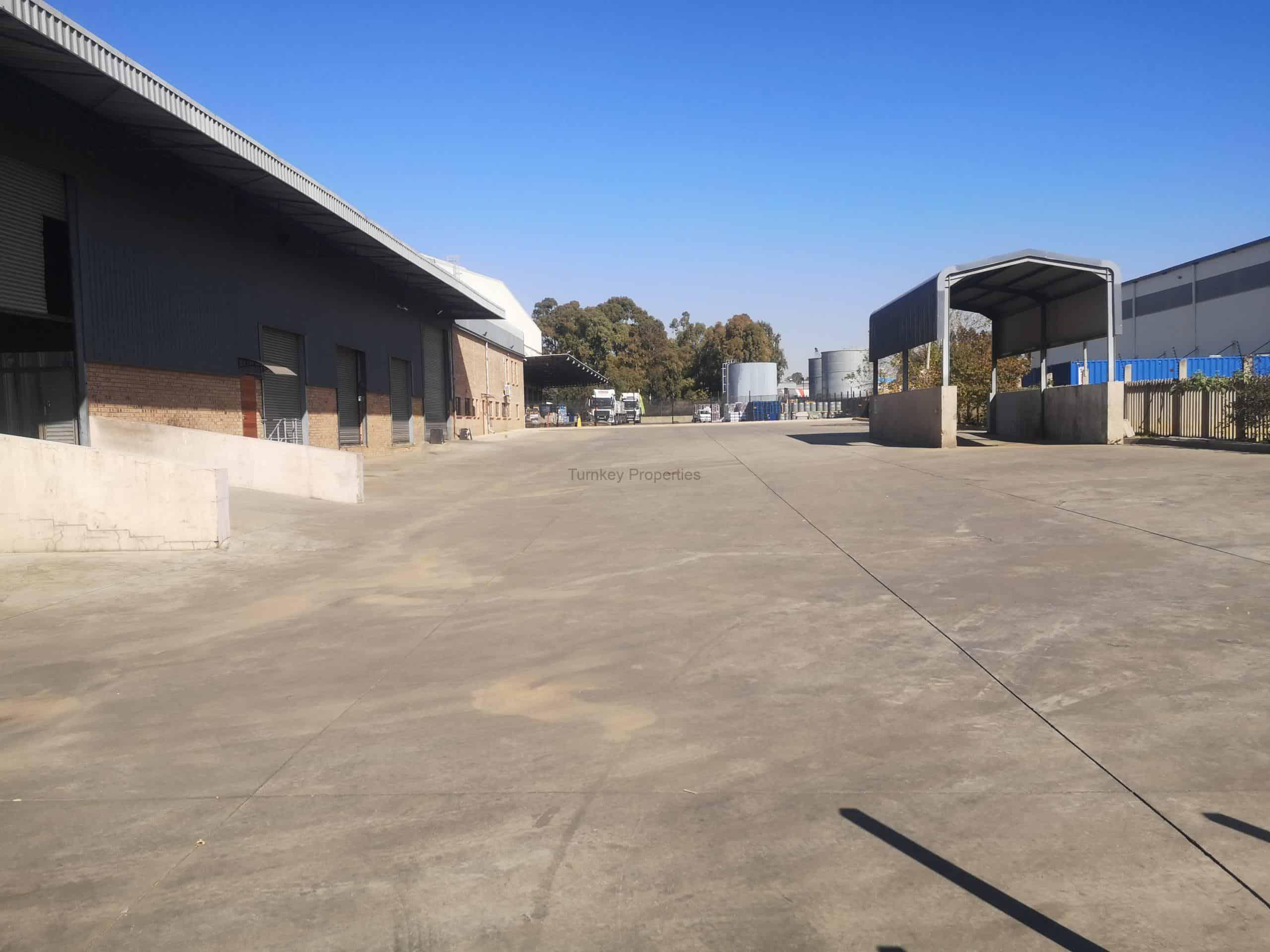 4000 m² Warehouse to Rent Pomona Ep Malan